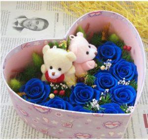 hộp tim hoa hồng xanh 9 bông