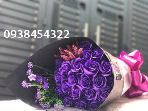 bó hoa hồng sáp 21 bong tim