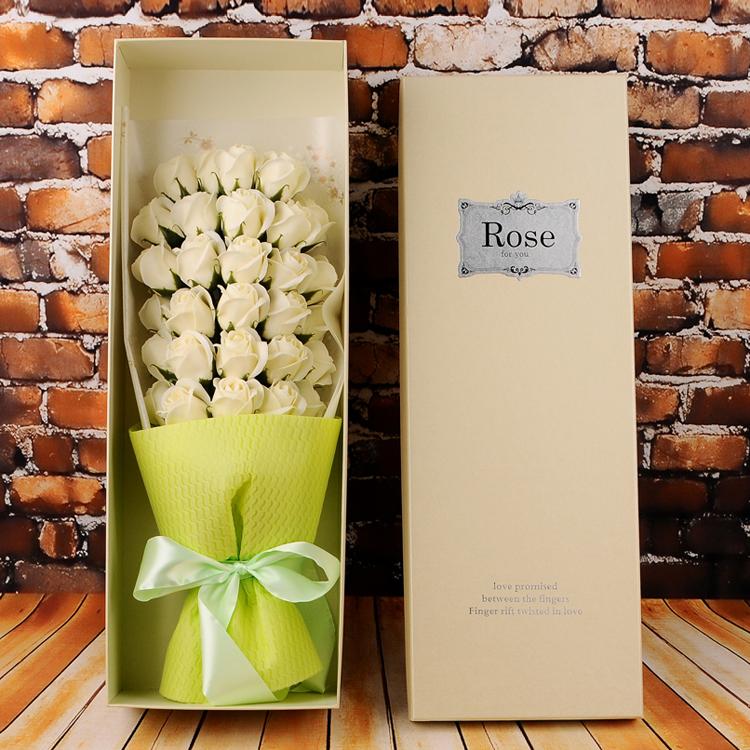 hộp hoa hồng sáp 33 bông vàng nhạt