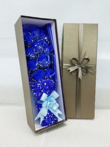 hộp hoa sáp 11 bông lưới tuyết xanh dương