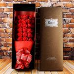 hộp hoa hồng sáp 33 bông đỏ